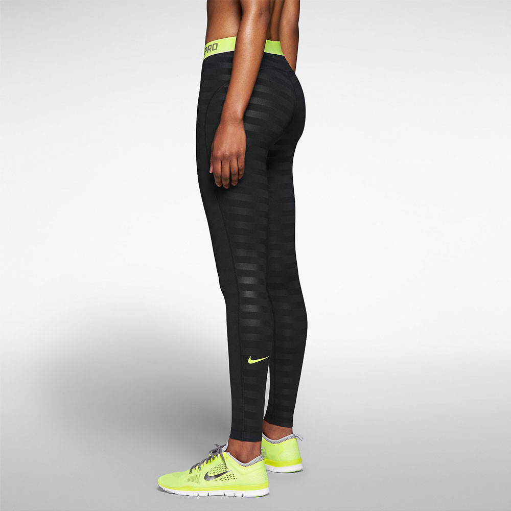 nike pro hyperwarm embossed women 39 s training tights ho14. Black Bedroom Furniture Sets. Home Design Ideas