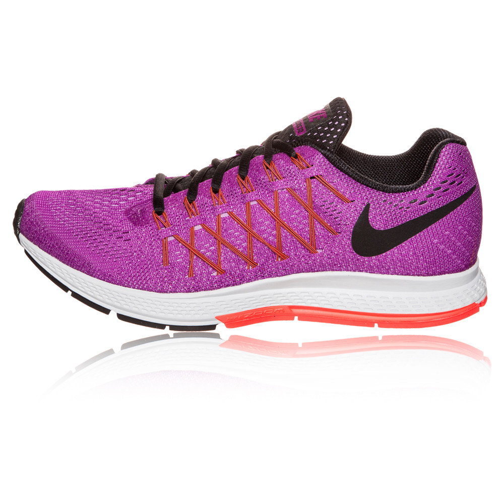 nike shoes logo pictures. nike zoom running shoes swoosh logo backwards pictures