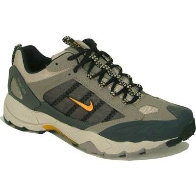 http://images.sportsshoes.com/product/N/NIK3177/NIK3177_400_1.jpg