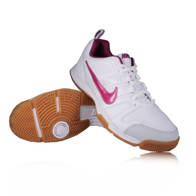 Model  About Nike Squash Shoes On Pinterest  Gray Nike And White Shoes