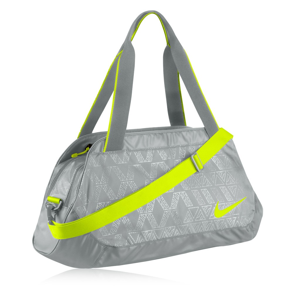 Fantastic Take A Look At Nikes Collection Of Womens Sport Bags It Includes A Variety Of The Most Stylish And Trendy Bags That Will Surely Impress You Nike Sami Tote Bags Are The Most Attractive With A Fashionable Look And Feminine Design, Made Of