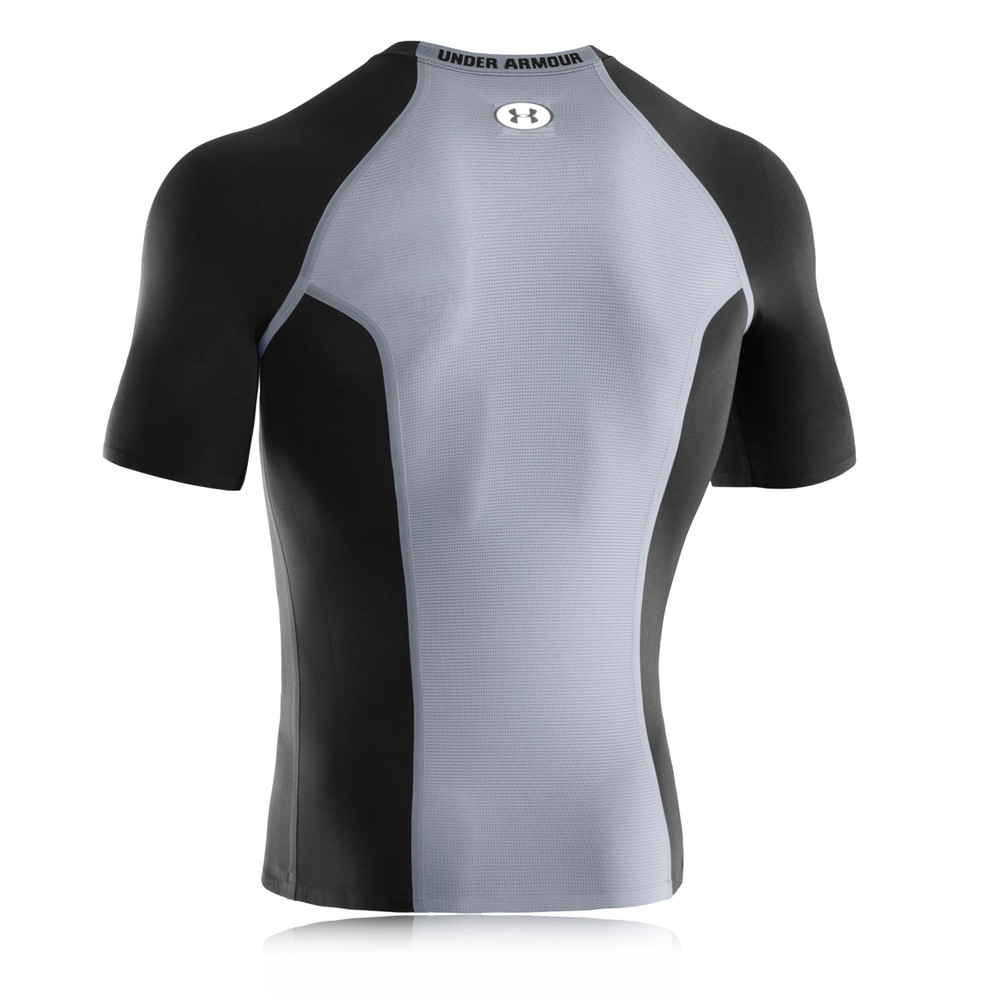 Under armour dynasty heatgear vented compression t shirt for Do under armour shirts run small